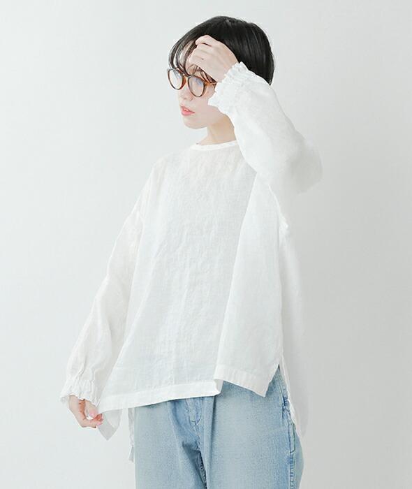 ARTE POVERA(アルテポーヴェラ)<br>リネン染ギャザリングカフクルーネックシャツ 2021spring45