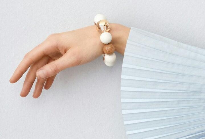 北欧デザイン アクセサリー ネックレス ブレスレット ピアス イヤリング アアリッカ アーリッカ aarikka 木製アクセサリー
