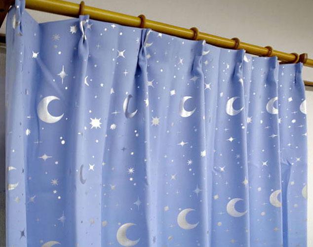 浅蓝色窗帘搭配效果图