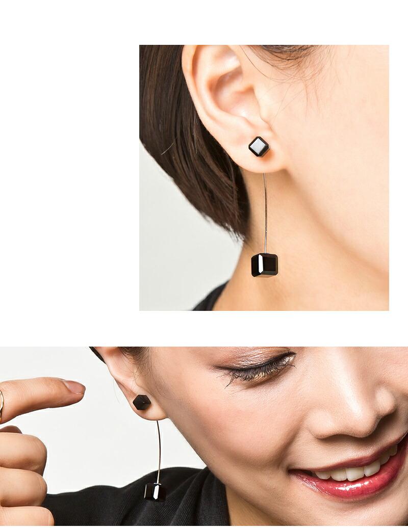 10金オニキスキューブピンピアス/Elenore Jewelry