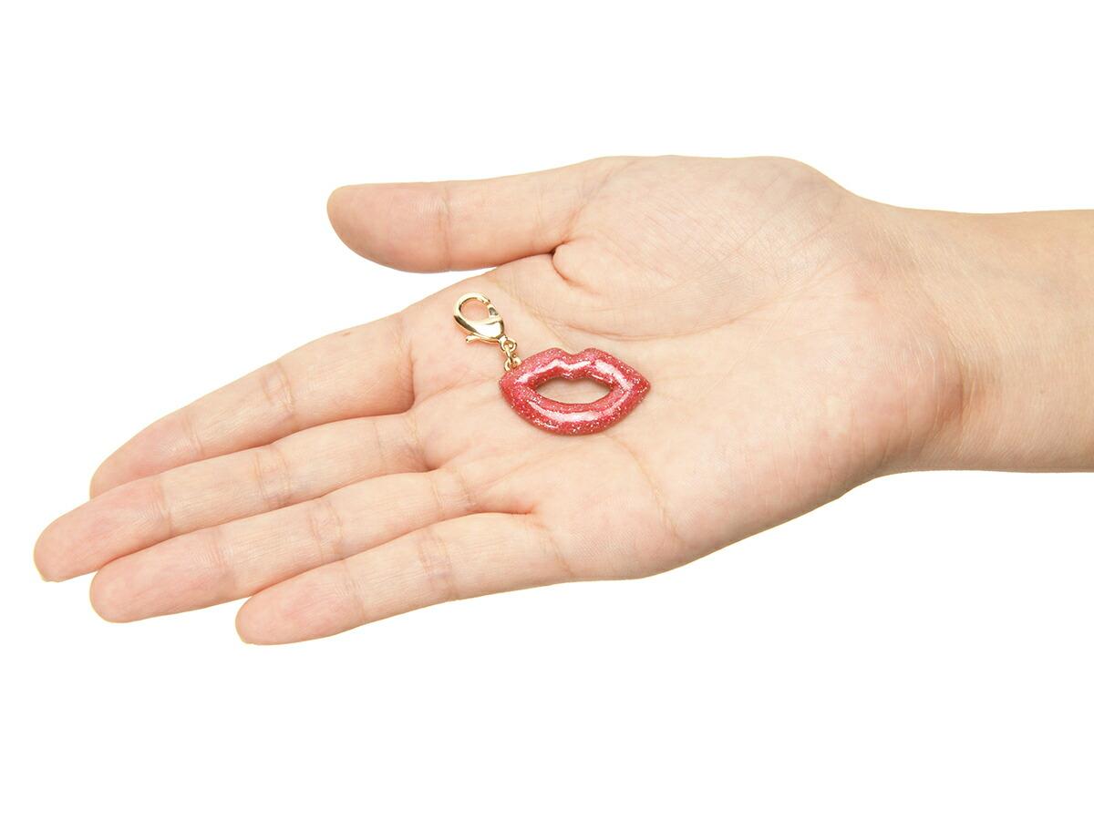 スロープシェイプ・ポーチ<Gorgeous Kiss(ゴージャス・キス)>