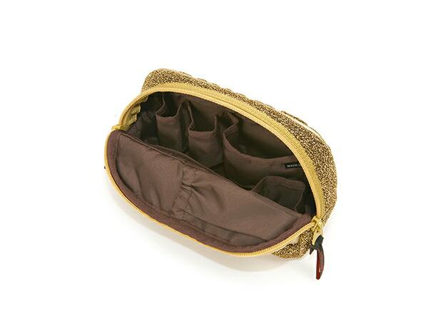 ミニサイズのスロープシェイプ・ポーチ<Shiny Golden Quilt (シャイニー・ゴールデン・キルト)>