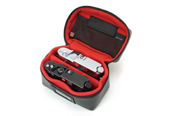カメラ本体2台がきれいに収納できるバニティケース