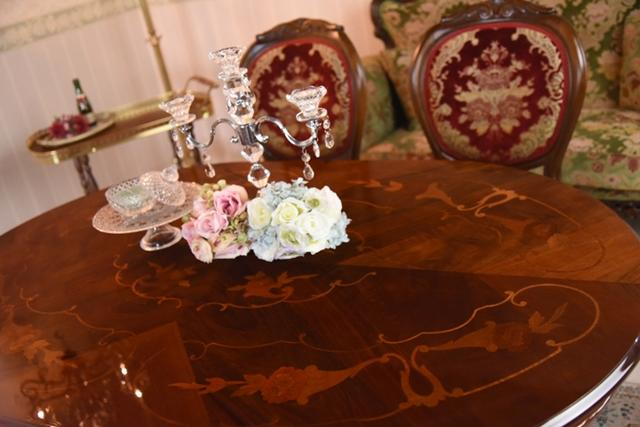 イタリア製 テーブル 猫脚 象嵌 135cm