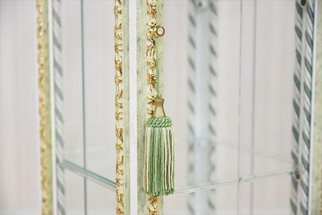 イタリア製 アンティーク&ロココ調のMONGELLIピッコラ飾り棚 大理石トップ・ヴェルデ