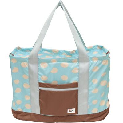 キャリーオン機能搭載の折りたたみバッグ