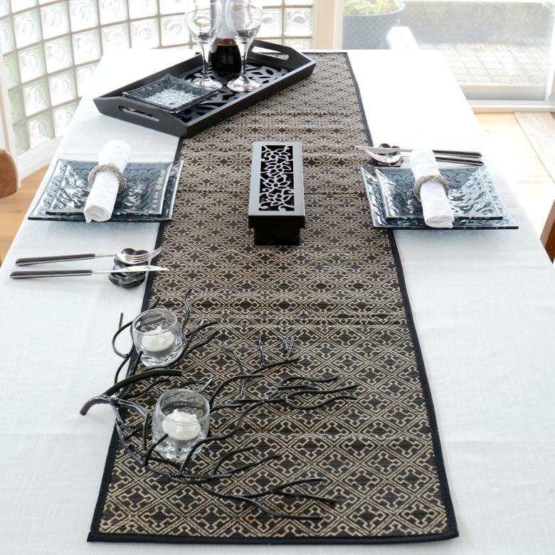 モダンなテーブルコーディネートにもぴったり。洗練された雰囲気が漂います。