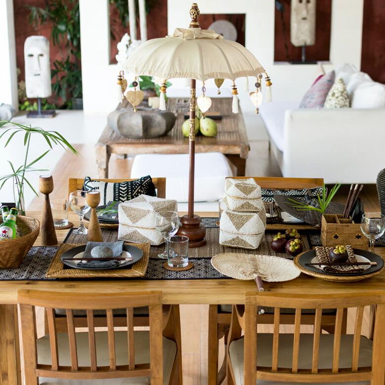 シンプルなお皿でもアジアンっぽい雰囲気が簡単に出せる!