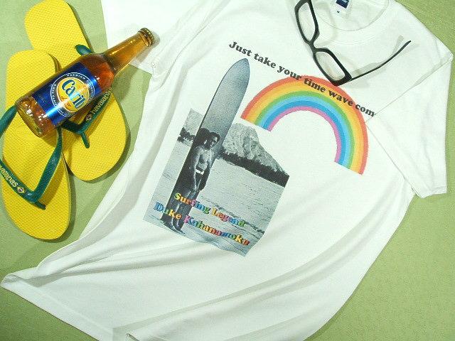 サーフィンレジェンド デュークカハナモクのTシャツ 君の波が来る!