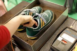 静電靴の測定風景