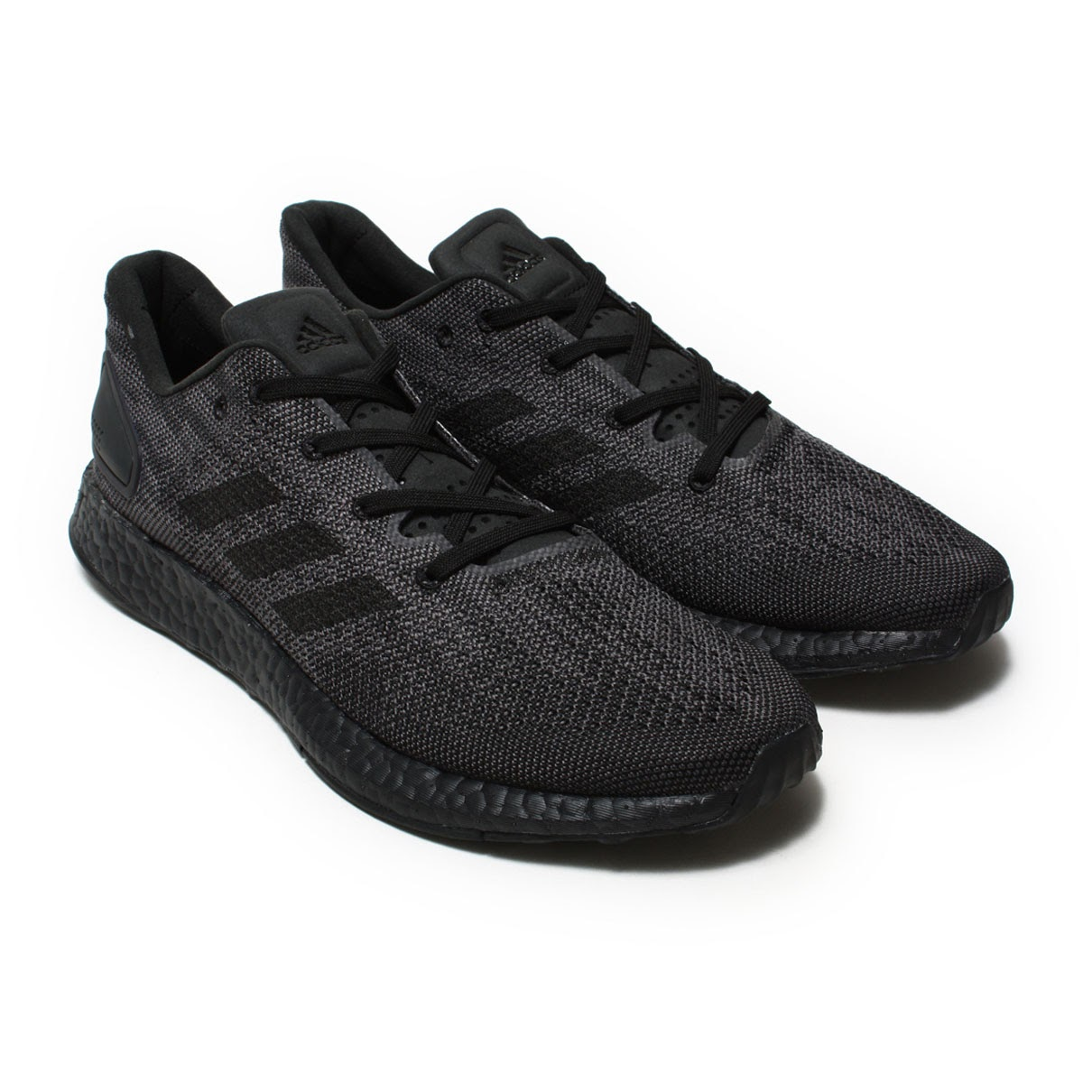 6f1f21fc11ca3 New Model comes up for the PureBOOST series that came up in spring and  summer for 17 years. The tiptoe part strengthens support characteristics by  smaller ...