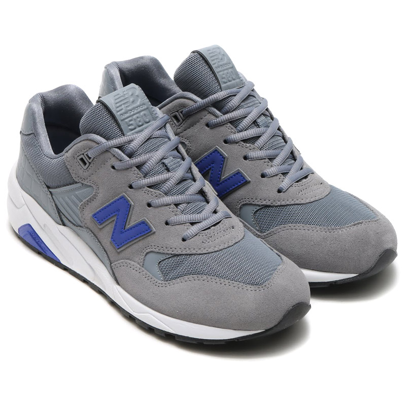 If you aren't completely happy with your purchase, simply return it within 30 days from purchase. Returns must be in new condition, in the state you received them. New Balance reserves the right to refuse worn or damaged merchandise. Unfortunately, we cannot accept returns on custom shoe orders or personalized jersey orders. Learn more about.