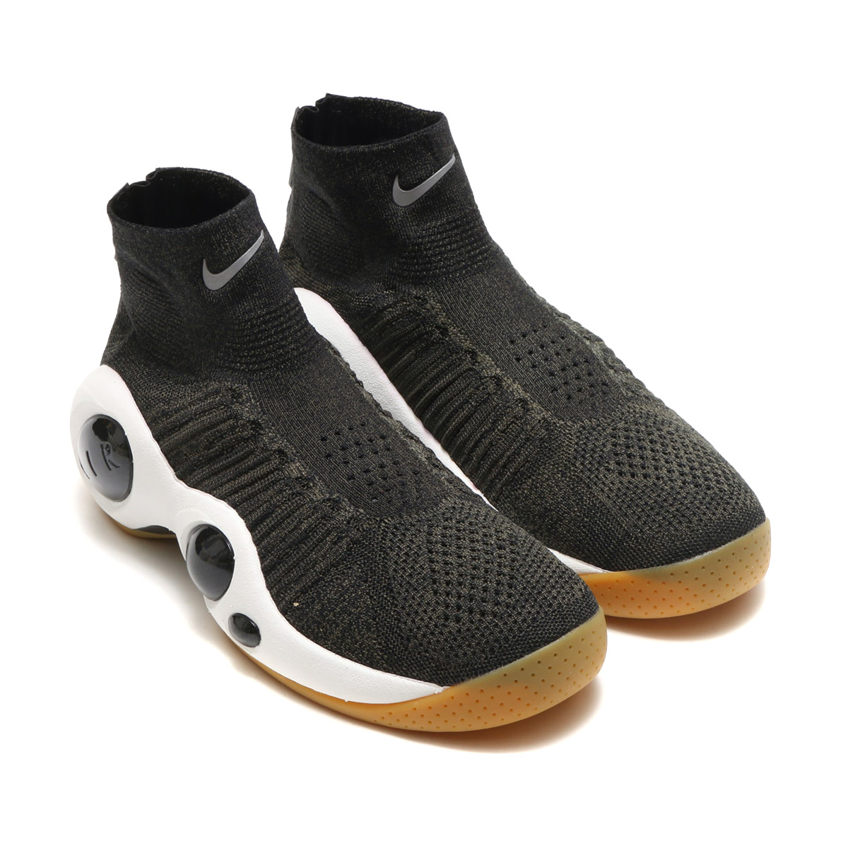 af37f14ebe0d72 Zoom flight 95 gave off presence to stand out by a bold and advanced  design. After time more than 20 years