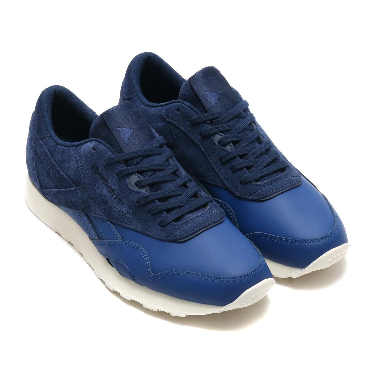 a14ce7cf2b0 Reebok CLASSIC (Reebok classical music) sneakers.