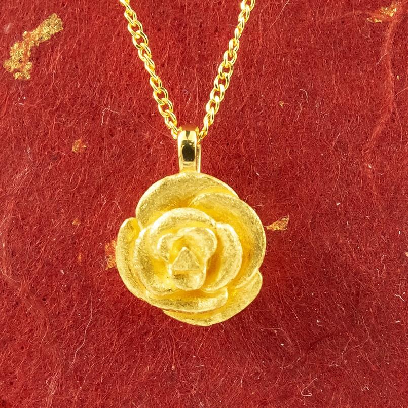 純金 ネックレス バラ ゴールド 24K ローズ ペンダント 24金 ゴールド k24 レディース 薔薇