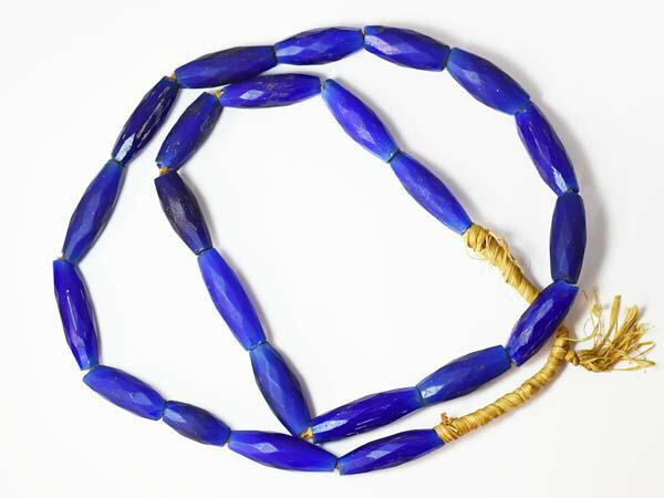 【1607】ANTQボヘミアロシアンブルー濃青楕円形多面カットビーズ一連