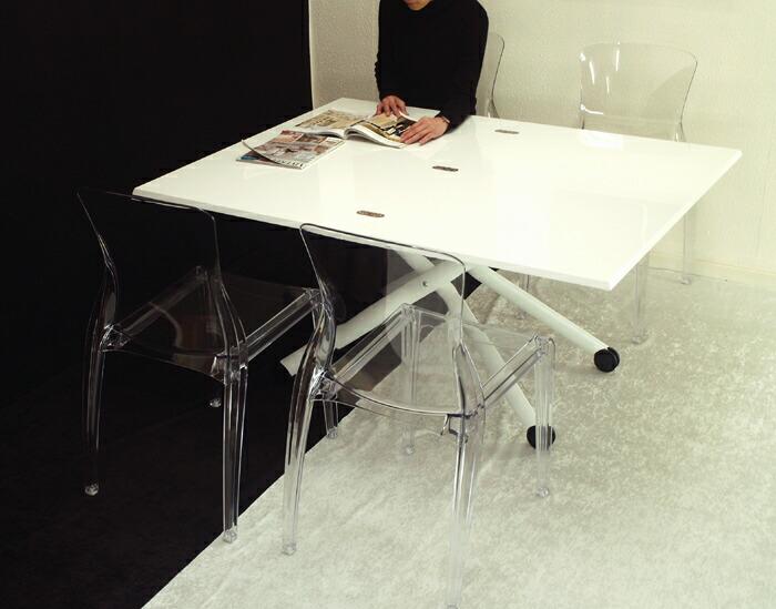 高さも広さも変えられる伸長式昇降テーブル白
