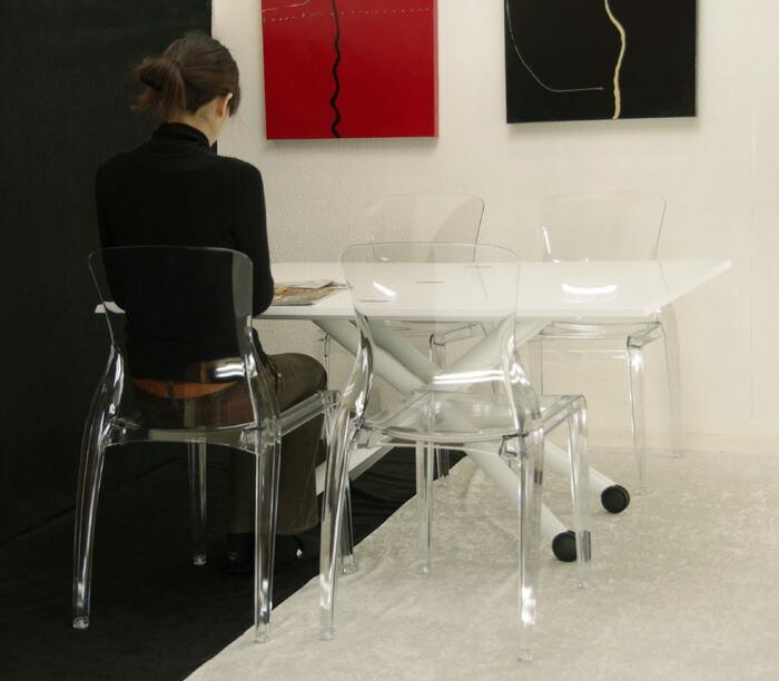 白いリフティングテーブル デザイナーズチェア4脚セット