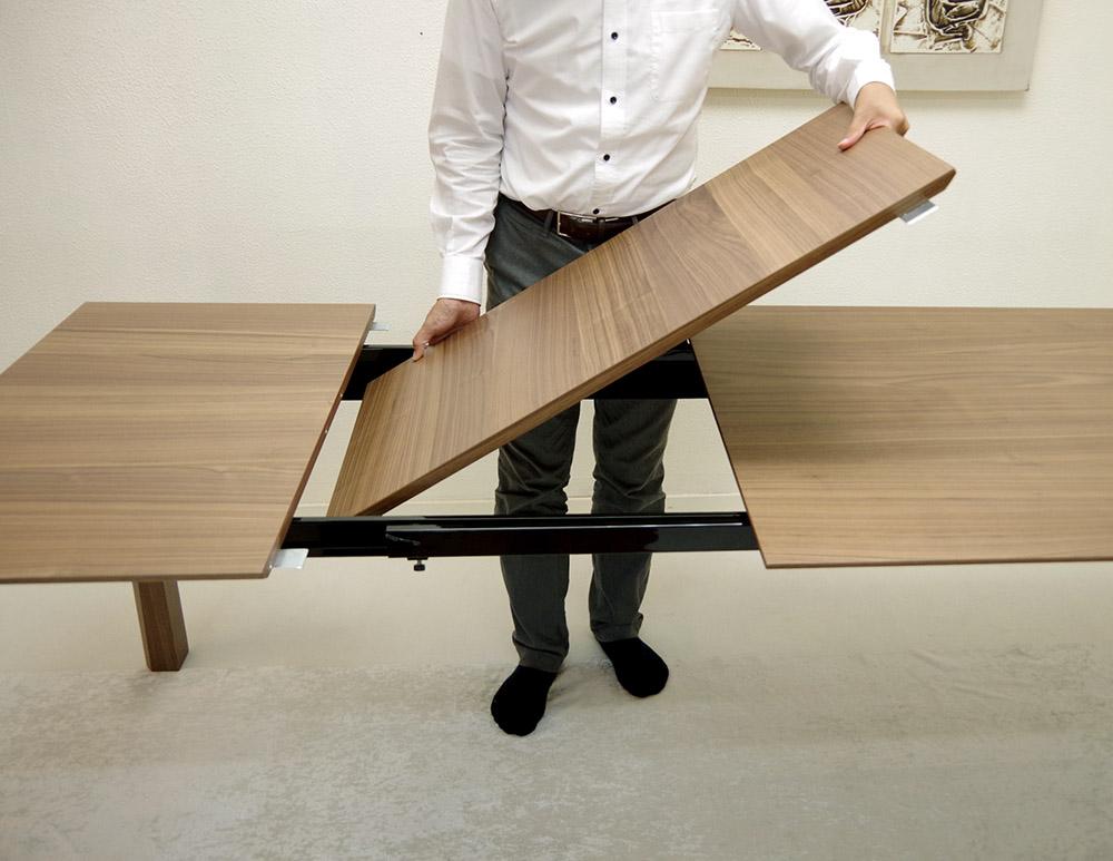 イタリア製 伸長式 テーブル 2メートル以上のテーブル デザイナーズテーブル 高級テーブル ウォールナット色