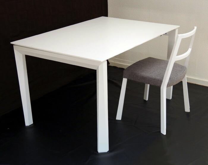 イタリア製 高級 伸長式テーブル 白い130cm〜230cmになる大型テーブル 最高級テーブル