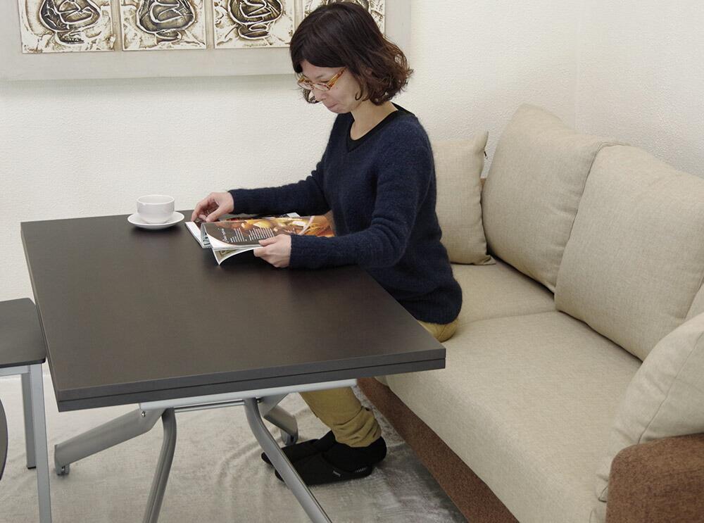 コーヒーテーブルとしても