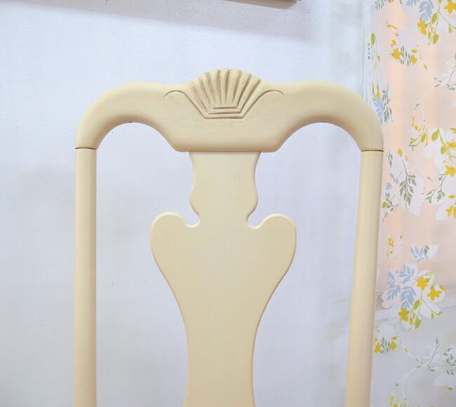 白いアンティーク調猫脚椅子