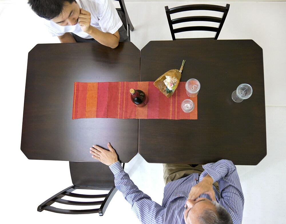 飲食店用 コンパクトテーブル 75cm角 ダイニングテーブル こげ茶色 カフェテーブル テーブル2台並べて使える 椅子4脚セット