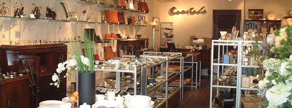 セシセラ下北沢店 掛け時計やインテリア雑貨が揃っています。