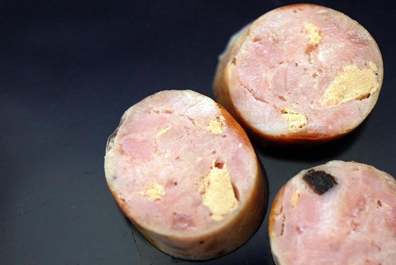 Saucisse de porc, foie gras