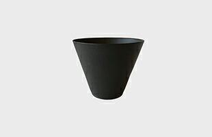 「碗」の高台裏には、南景製陶園のロゴが付いています