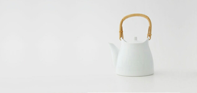 【熊本産】柳宗理/白磁/土瓶・急須・ティーポット [白磁/土瓶・急須・ティーポットは柳宗理][ 熊本産アイテムのご購入で被災地を応援 ]