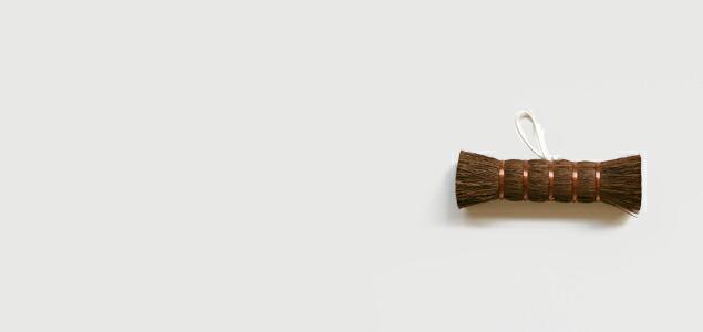白木屋傳兵衛 白木屋傳兵衛商店 白木屋伝兵衛 白木屋 京橋 しろきや 江戸箒 江戸ほうき ほうき 箒 はりみ 柿渋 ちりとり チリトリ 塵取り おしゃれ お洒落 オシャレ 棕櫚 しゅろ ほうき ちりとり セット チリトリ 掃除の道具 掃除道具 清掃道具 掃除用品 清掃 掃除 通販 販売 はたき ハタキ しゅろたわし たわし タワシ 束子 小ほうき 小ぼうき 小箒