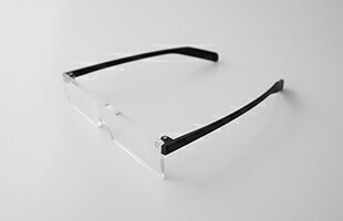 五十嵐威暢 eyemeganetta 老眼鏡 ブラック