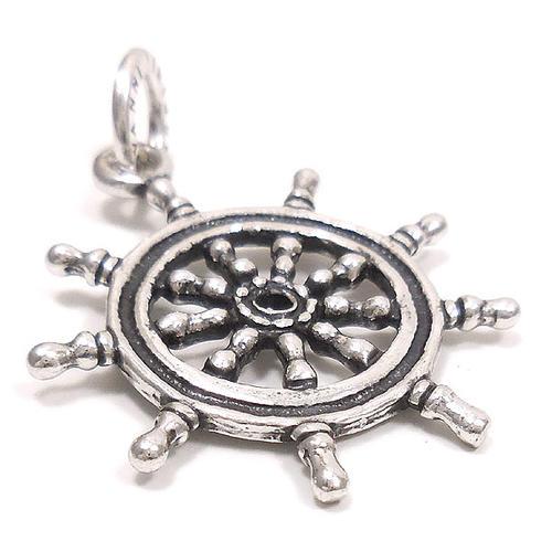 ジョバンニ・ラスピーニ:舵輪の燻し銀チャーム