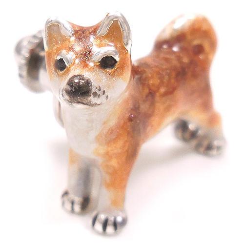 サツルノ:柴犬のピンズ