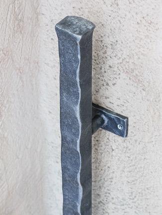 アイアン 取っ手 ハンドル 扉用 ドアハンドル ロング BUKOTU HRT-3002 面付けタイプ ハンドメイド ワイルドブラック 玄関ドア ドア 装飾取っ手 ドアノブ