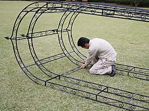 ガーデンアーチの組立方法