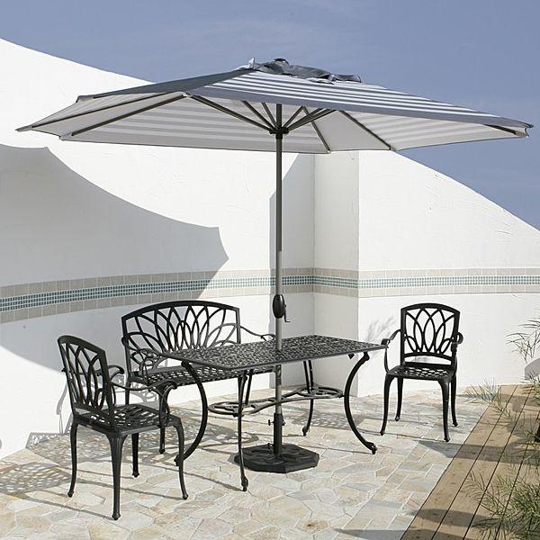 ガーデンベンチ 屋外用 アルミ鋳物製 フローラルラブベンチ ブラック 使用例