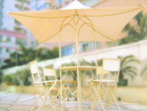ガーデンファニチャーアンブレラ付きハイテーブル