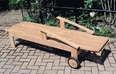 ガーデンチェア リクライニング チェア 高級 チーク材 木製 ガーデン 家具 ホールディング ラウンジ 幅650×高さ560〜1070×長さ1980 チーク ベッド ベランダ 椅子 完成品 テラス 庭 ガーデンファニチャー おしゃれ 送料無料