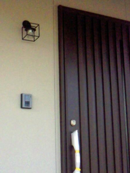 お客様施工例 玄関照明 玄関 照明 屋外 門柱灯 門灯 外灯 ポーチライト ポーチ灯 アイアン クリスタル SR1-CM 門灯 アンティーク風 レトロ 照明 ブラケット 照明器具 おしゃれ E17 LED電球 3.5W
