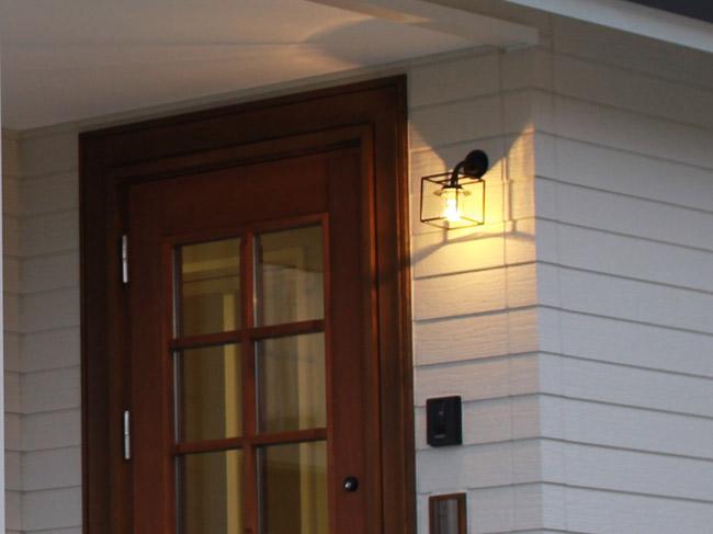 玄関照明 玄関 照明 屋外 門柱灯 門灯 外灯 ポーチライト ポーチ灯 アイアン クリスタル SR1-CM 門灯 アンティーク風 レトロ 照明 ブラケット 照明器具 おしゃれ E17 LED電球 3.5W