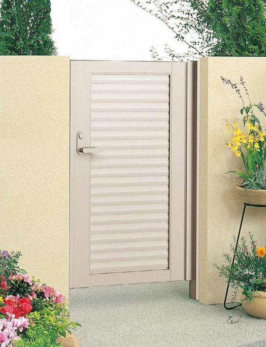 アルミ製目隠し門扉 片開き 外開き 門柱タイプ