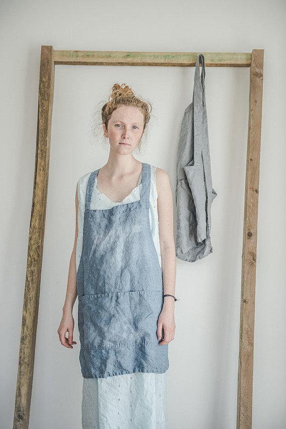 not perfect linen short square cross linen apron swedish blue hafen. Black Bedroom Furniture Sets. Home Design Ideas