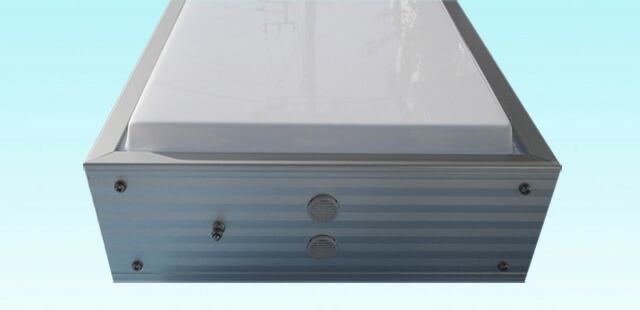 アルミ枠突き出し看板(角型)/タテ127cm×ヨコ45cm下部拡大