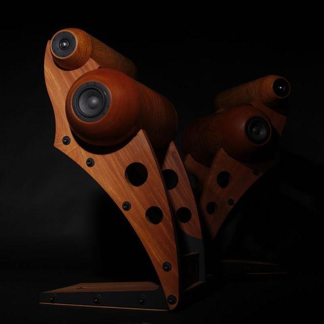 木のスピーカー 「音蔵」