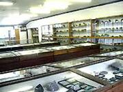 鉱物展示室