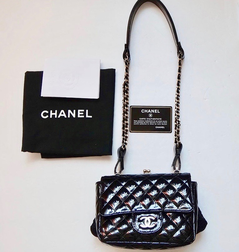 14a94f914168 Details about 100% authentic [CHANEL] Mini classic Shoulder Bag / Black  Mint cond. (Used)
