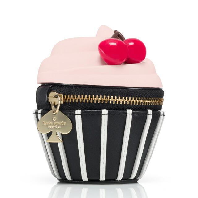 ケイトスペード Kate Spade PWRU4560 950 Magnolia Bakery Cupcake Coin Purse NYで大人気の「マグノリアベーカリー」コラボシリーズ カップケーキ型 コインケース 小銭入れ ksp-pwru4560-950