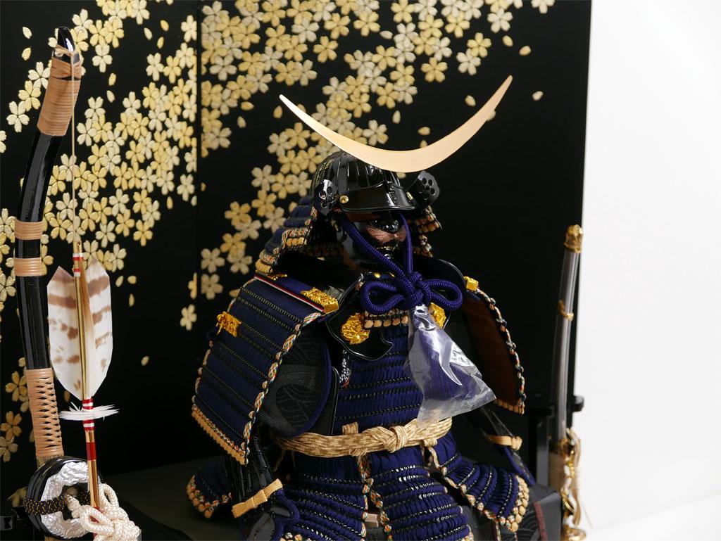 伊達政宗 弦月形前立胴丸鎧7号 金銀桜屏風 鎧飾り 雄山作 五月人形 鎧平飾り